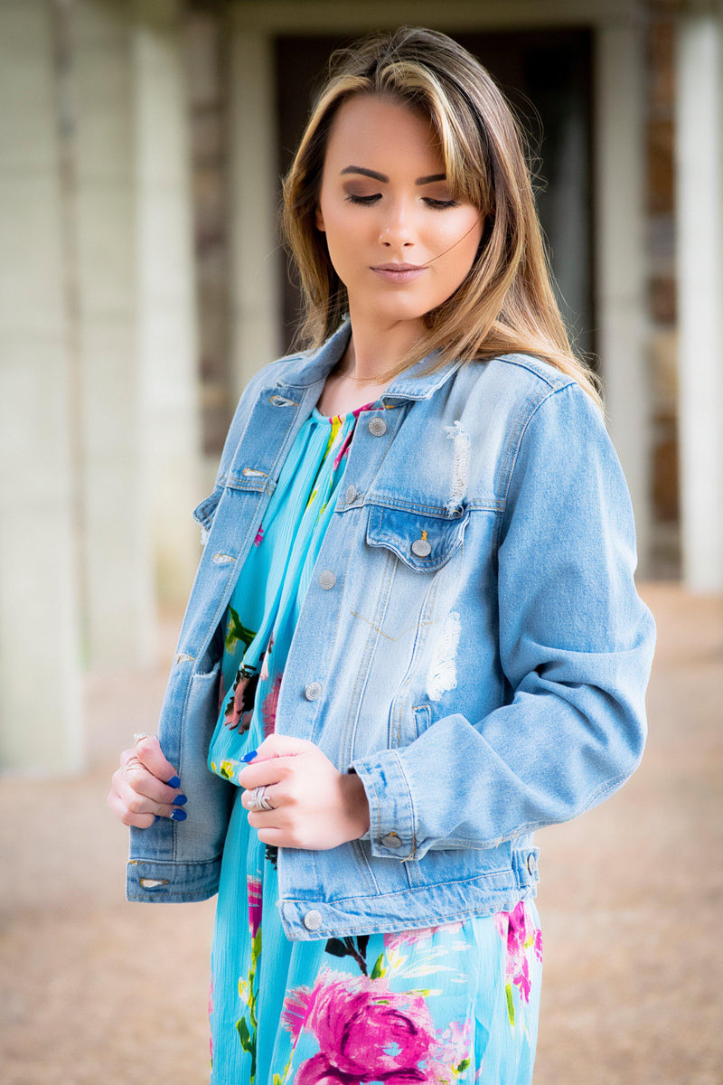 The Classic Denim Jacket - Light Blue - 512 Boutique