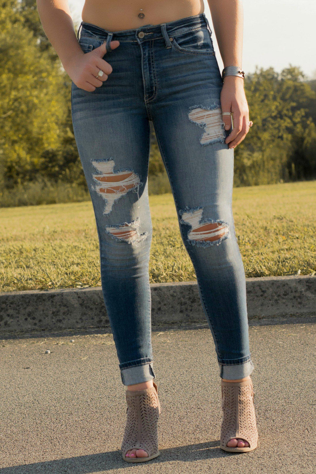 Sawyer Distressed Jeans - 512 Boutique
