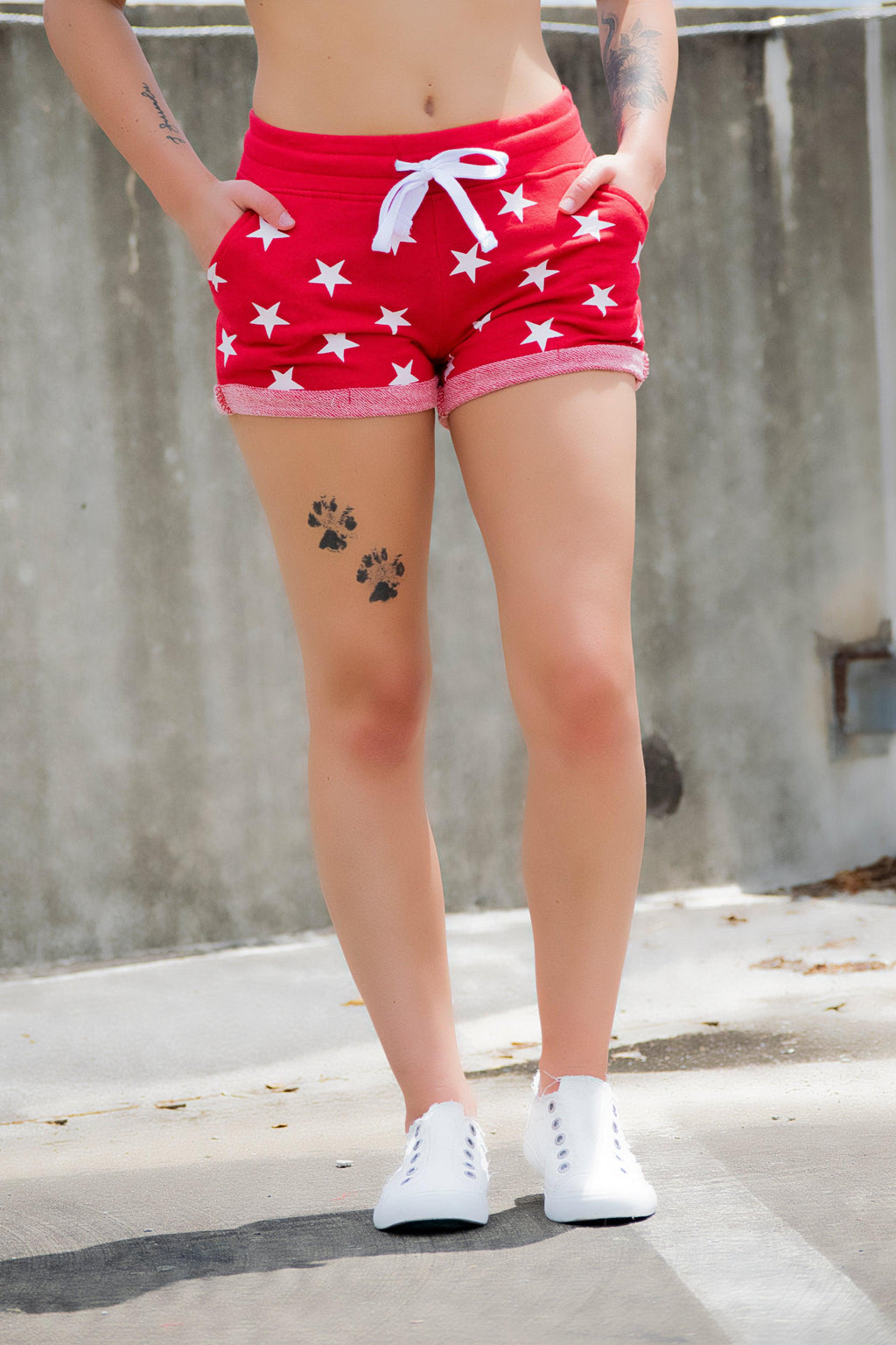 Red Star shorts - 512 Boutique