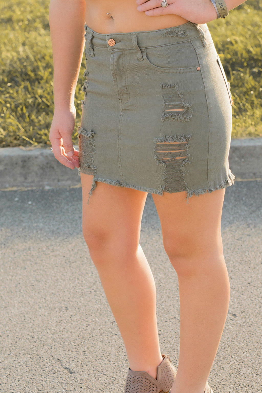 Darci Distressed Skirt - 512 Boutique