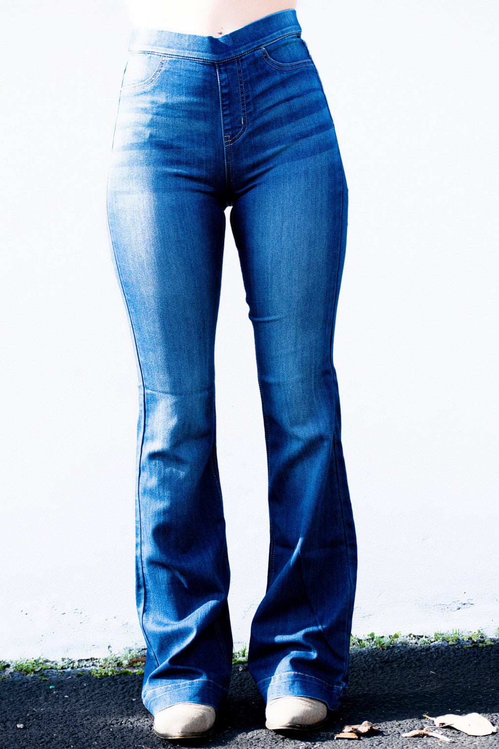 Reece Flare Jeans Dark Blue - 512 Boutique