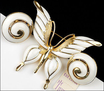 Vintage Trifari Figural White Enamel Butterfly Insect Brooch Pin Set Earrings 1960's