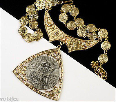 Vintage Signed Art Egyptian Revival King Pharaoh Queen Pendant Necklace Medallion 1970's