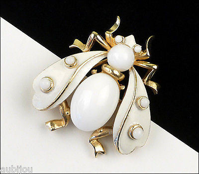 Vintage Crown Trifari Figural White Enamel Cabochon Fly Bug Insect Brooch Pin