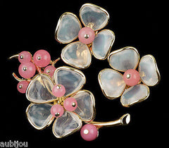 Vintage Trifari Pink Poured Glass Floral Flower Translucent Brooch Pin Set Earrings