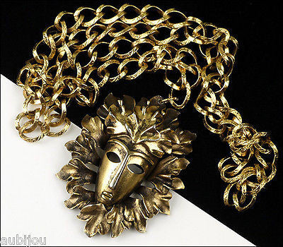 Vintage Crown Trifari Figural 3D Tribal Mask Face Head Leaf Pendant Necklace