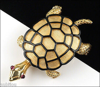 Vintage Crown Trifari Ark Series Figural Turtle Brooch Pin 1960's Reptile Retro