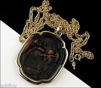 Vintage Trifari Asian Oriental Faux Tortoise Shell Lucite Geisha Pendant Necklace