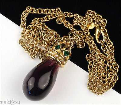 MVH Princess Michaela Heraldic Amethyst Glass Purple Stone Pendant Drop Necklace