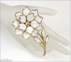 Vintage Large Crown Trifari White Poured Glass Floral Flower Brooch Pin Set 1950's
