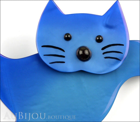 Marie-Christine Pavone Brooch Cat Leaping Blue Galalith Gallery
