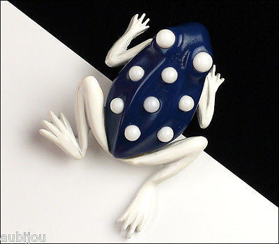 Vintage Crown Trifari Figural White Enamel Blue Lucite Frog Toad Brooch Pin 1960's