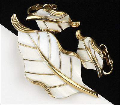 Vintage Crown Trifari Floral White Enamel Leaf Brooch Pin Set Earrings 1960's