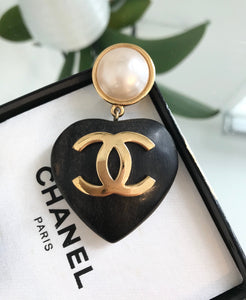 CHANEL Vintage CC Logo Faux Pearl and Wood Heart Drop Clip On Earrings