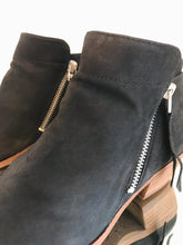 Load image into Gallery viewer, SAM EDELMAN Leather Ankle Boots