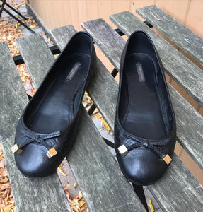 LOUIS VUITTON Leather Ballet Flats