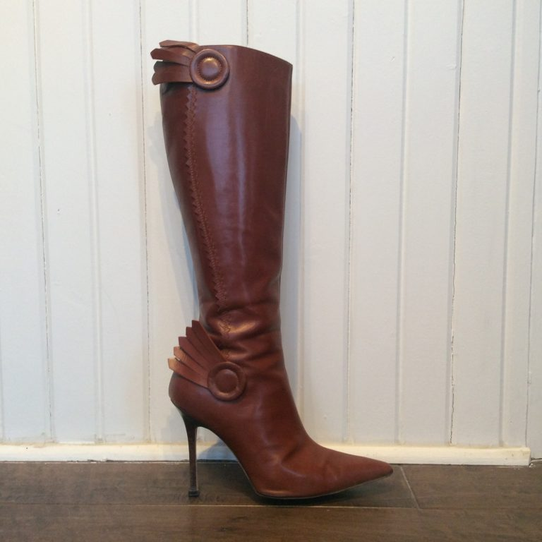 MANOLO BLAHNIK Knee-High Leather Boots
