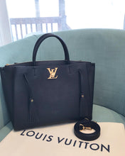 Load image into Gallery viewer, LOUIS VUITTON Lockmeto Tote