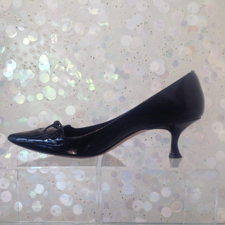 MANOLO BLAHNIK Patent Leather Pointy Pumps
