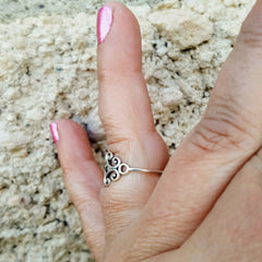 Sterling Silver Celtic Ring on finger side view