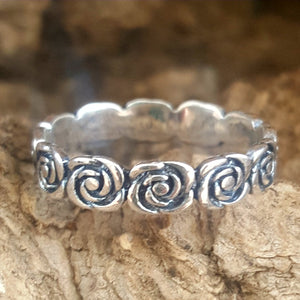Stackable rose eternity ring in sterling silver