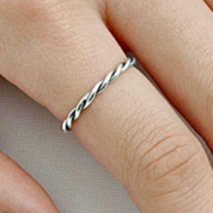 Womens and girls braided band ring