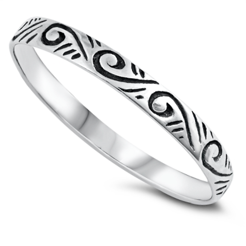 Filigree leaf ring