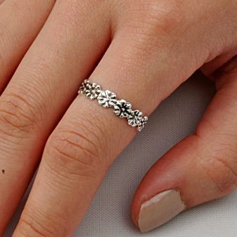 .925 Sterling Silver Celtic Flower Ladies Ring Size 2-11 Midi Thumb