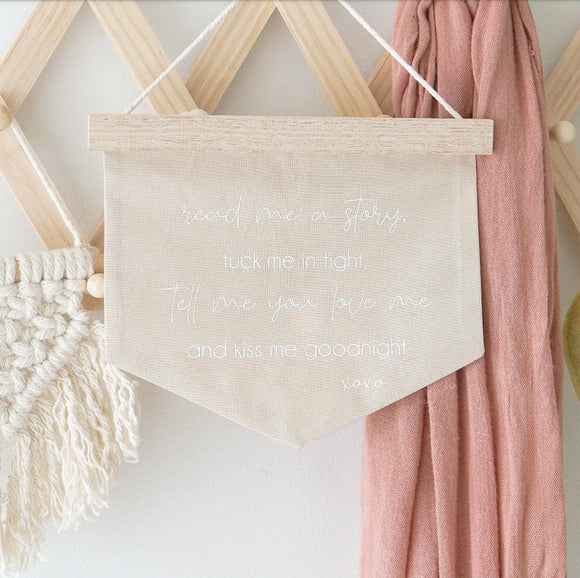 'Read me a Story' Wooden Banner