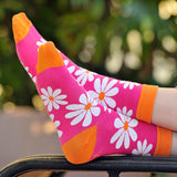 Daisy Crew Socks Relaxing