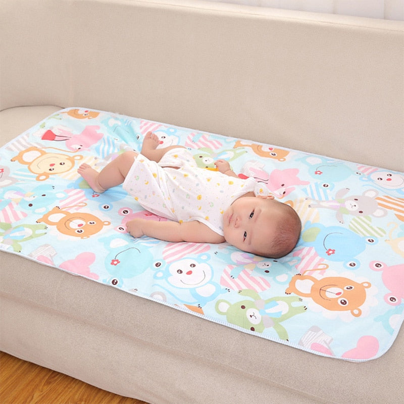 Baby Changing Pad with Cartoon Style Figurines - Size 4 (Medium)
