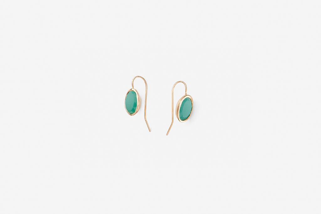 Earring precious green