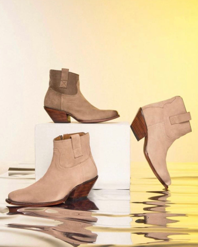 Adela ankle boot