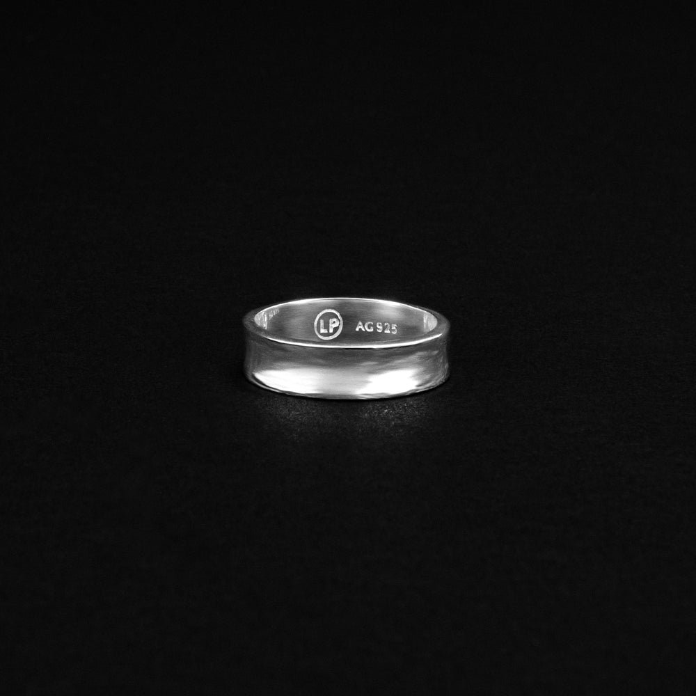 Load image into Gallery viewer, Skinny Dip Ring - Sterling Silver