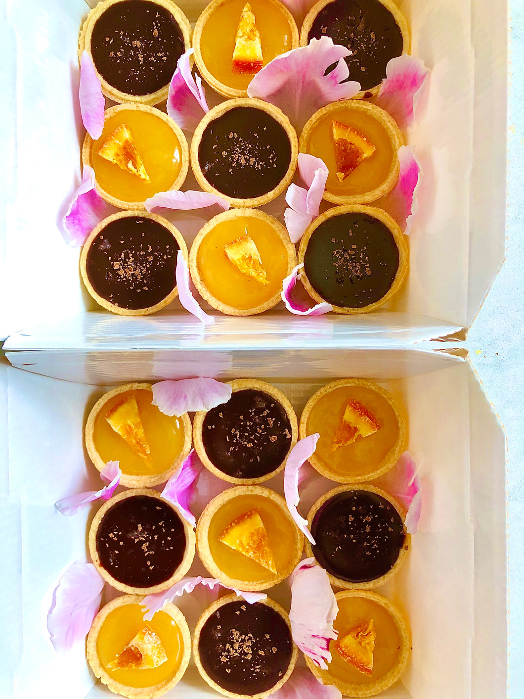 Mini Chocolate or Lemon Tartlets