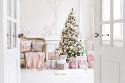 4 Ways to Create a Well-Coordinated Christmas Decor
