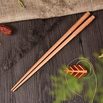 Japanese Chopsticks in Light Wood beige