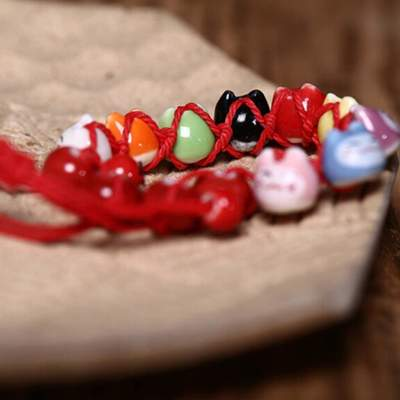 Japanese red Cat Lucky Bracelet close up
