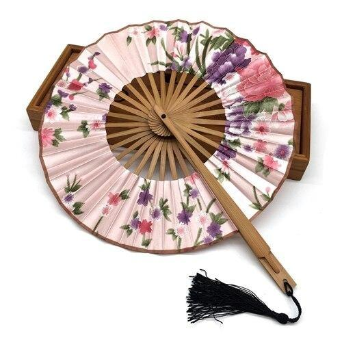 Pale Pink Round Japanese Fan