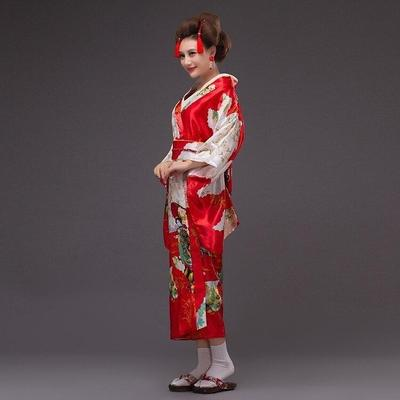 Japanese Kimono Traditional Woman, Beniiro, lateral view