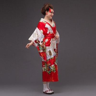 Japanese red Kimono Traditional Woman, Beniiro, sleeves view