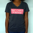 WOMEN'S EAT CAKE T-SHIRT PINK
