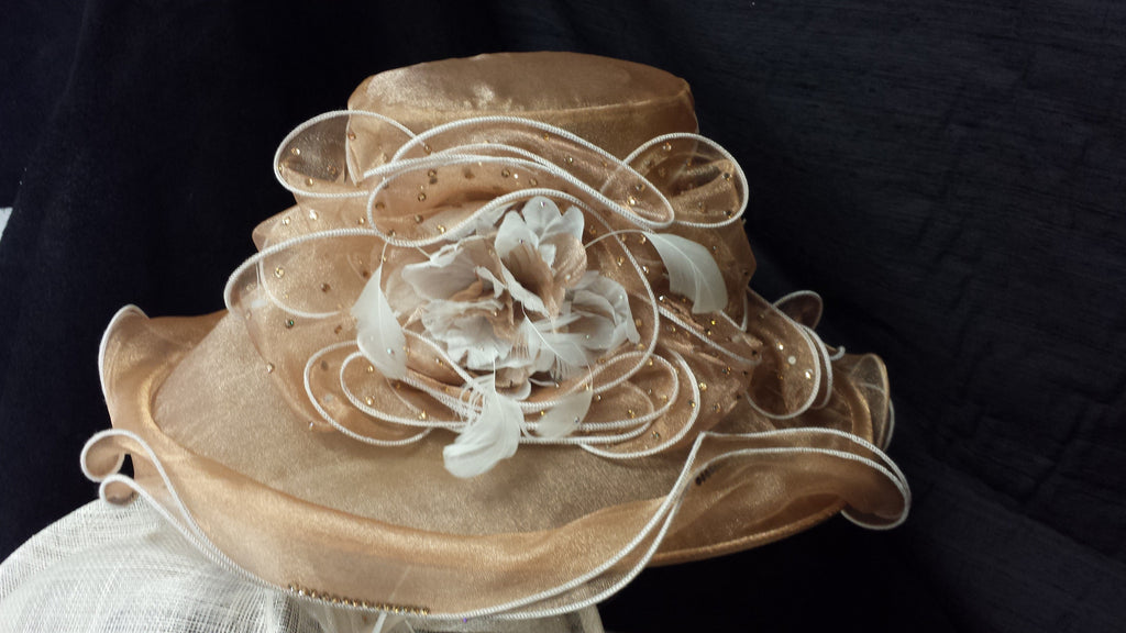 Beige Organdy Hat with White Edging