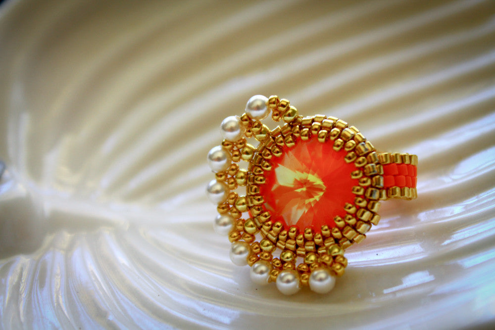 Asymmetrical Citrus Beaded Ring w/ Cream Pearls