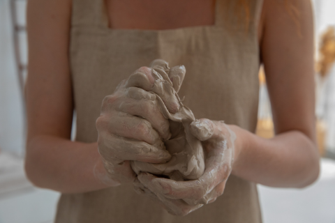 clay hands pottery