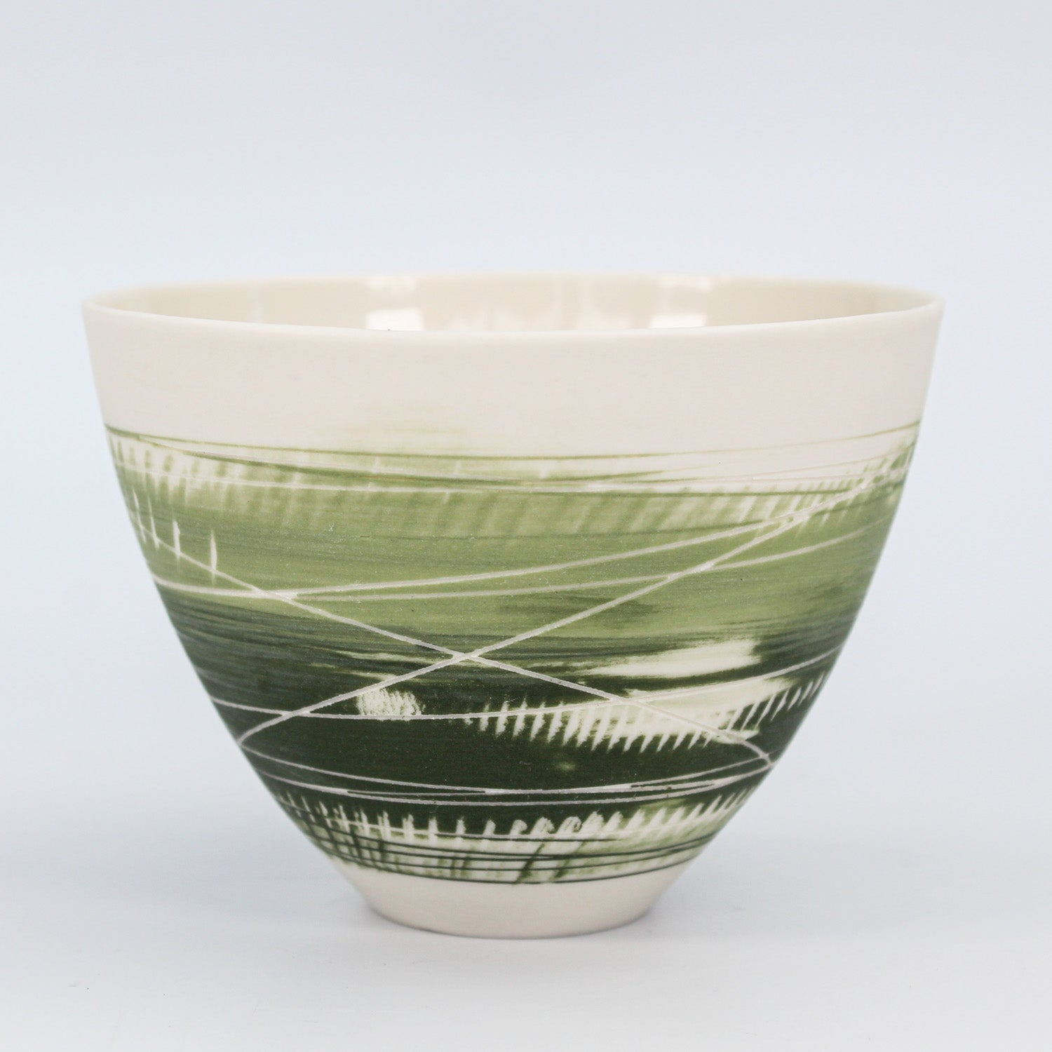 Small porcelain cup/bowl