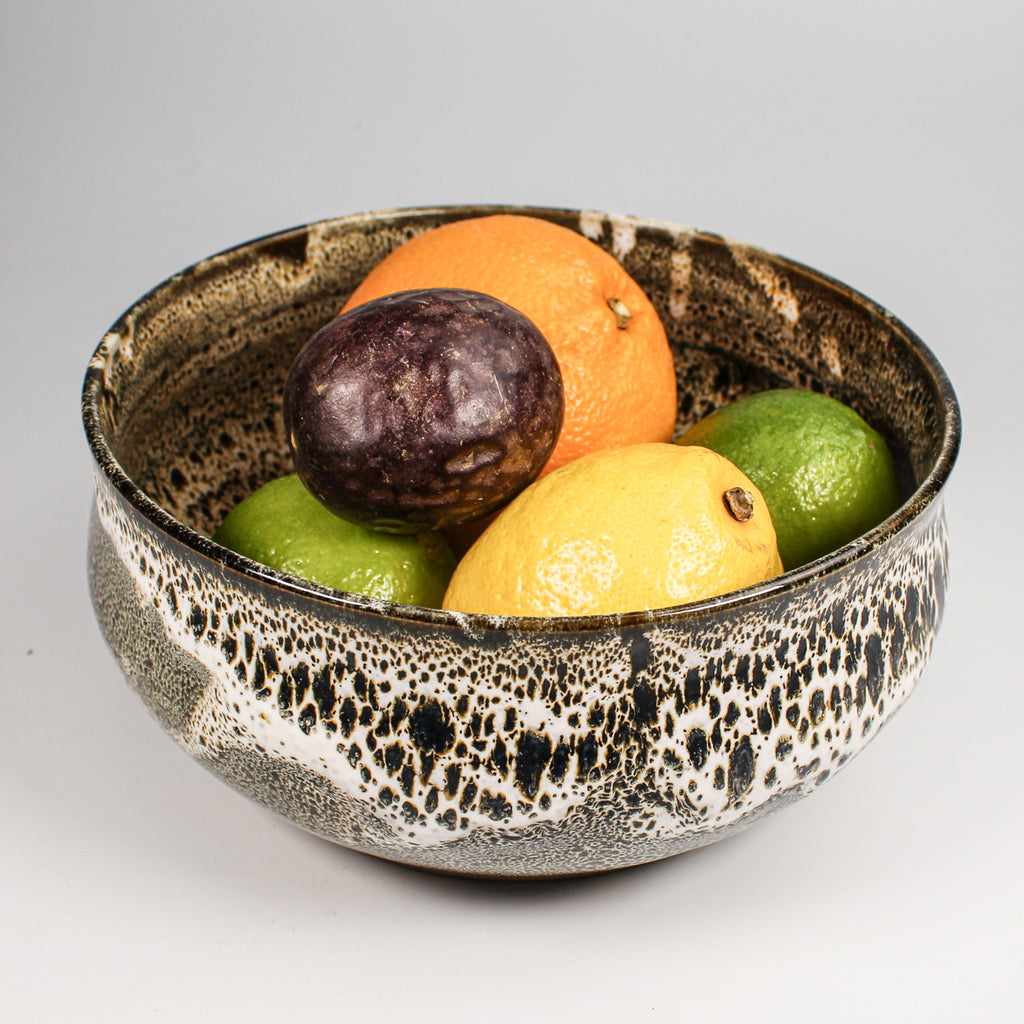 Beautiful Japanese Croco fruit bowl with fruit in. Glazed in brown and cream crocodile pattern.