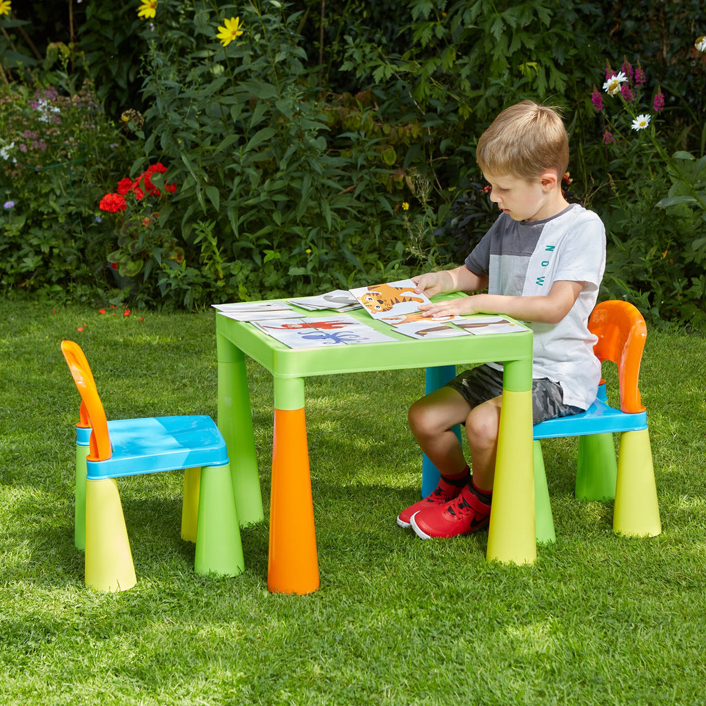 sm004un-multi-coloured-table-and-2-chairs-outdoor-boy