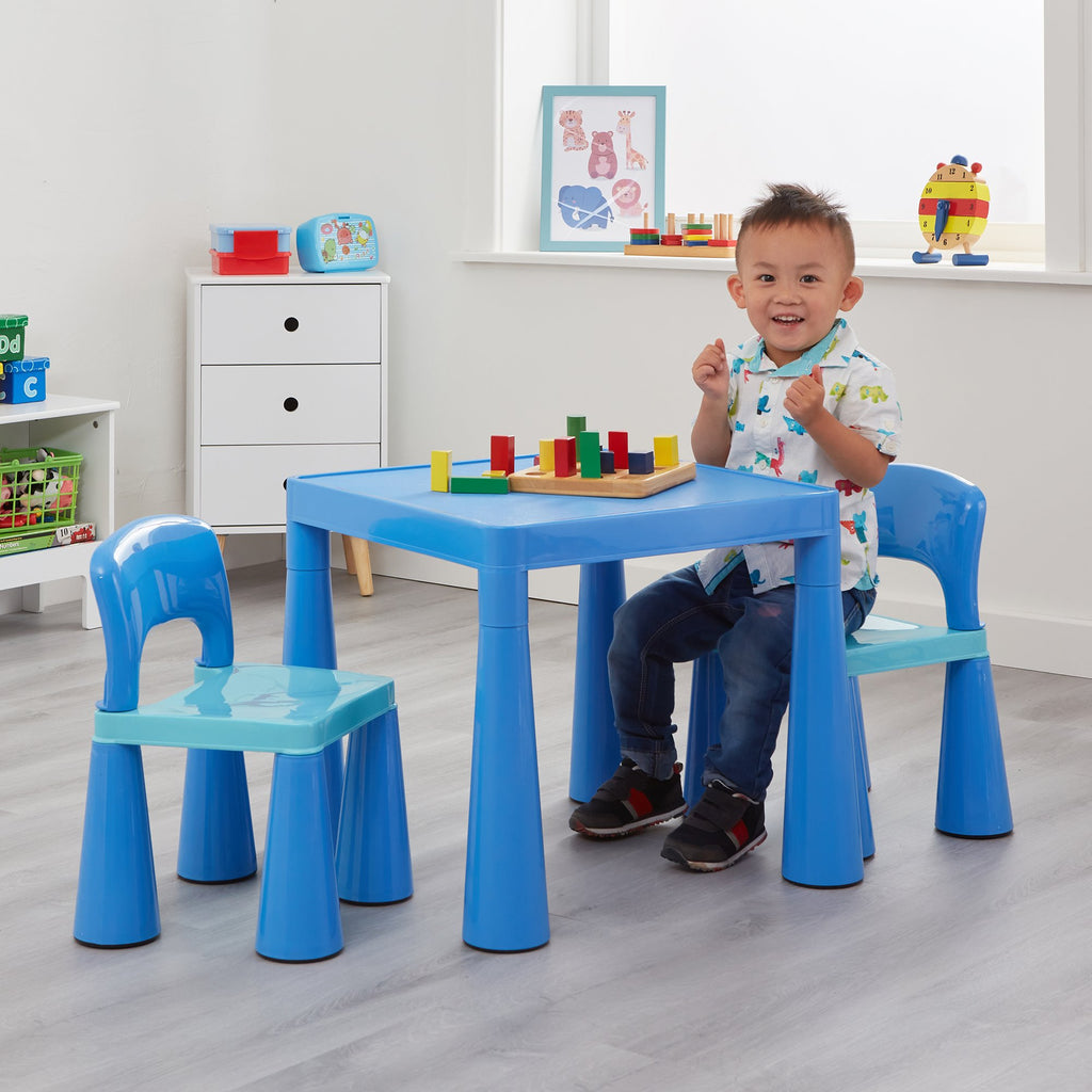 sm004b-blue-table-and-2-chairs-lifestyle-jamie-1
