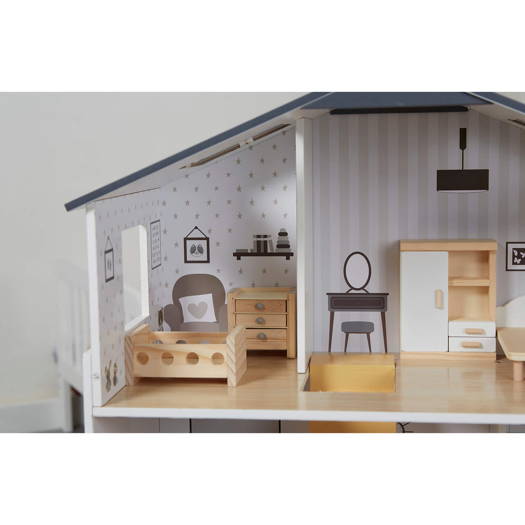 lhtz002-contemporary-dollhouse-lifestyle-close-up-nursery
